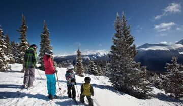 winterpark-usa-family-skiing